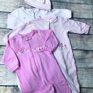 Set of 3 size 3-6m footed pajamas for baby girl